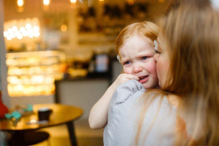 Jak rodzic może pomóc kilkuletniemu dziecku rozwijać umiejętność radzenia sobie z emocjami? Przykładowe ćwiczenia