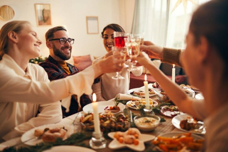 Młodzi ludzie uczą się stosunku do alkoholu od dorosłych